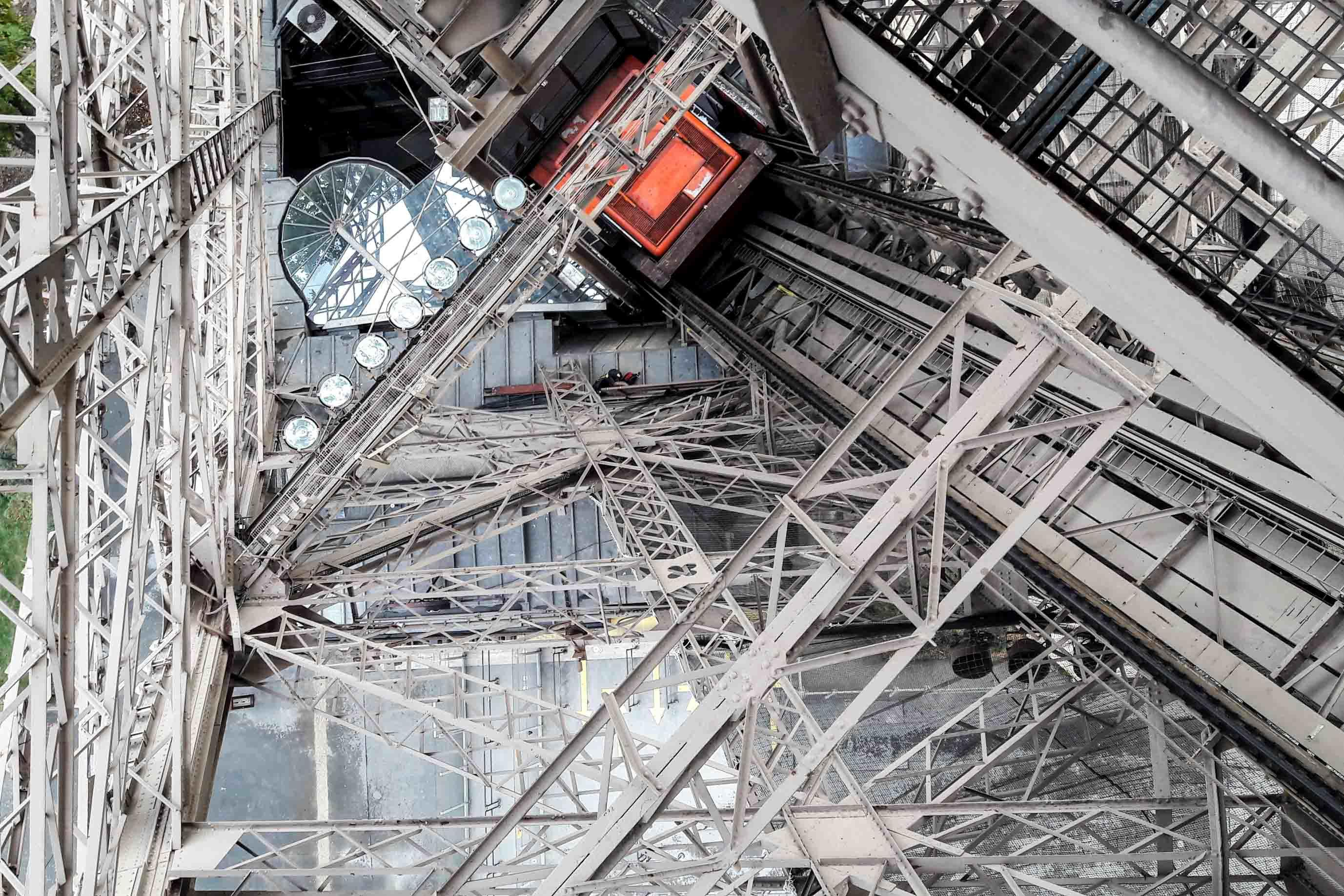Le bureau greisch et le nouvel ascenseur de la tour eiffel rtc