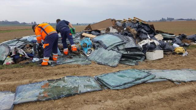 30 tonnes de déchets clandestins à Fexhe-le-haut-Clocher