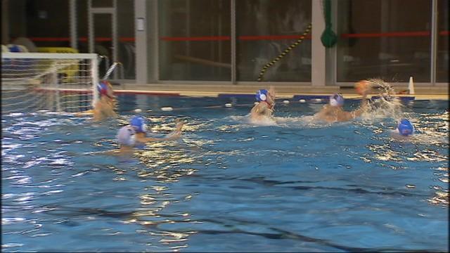 """Le water-polo en province de Liège par le biais du """"derby"""""""