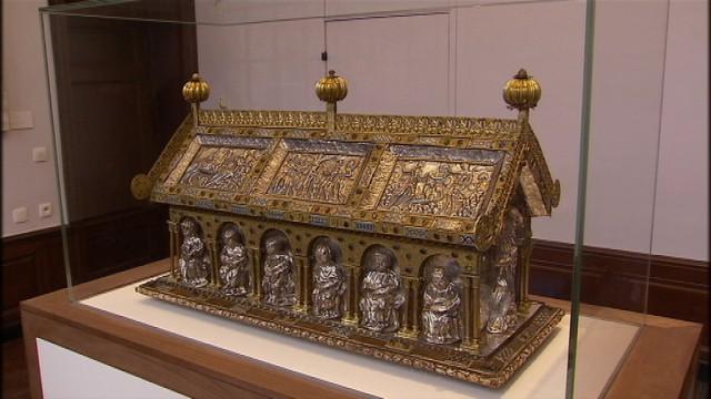 La châsse de Sainte-Ode, sécurisée, est exposée de manière permanente