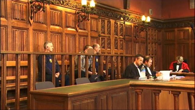 Assises de Liège : un échange entre l'accusé et les parents d'Esteban