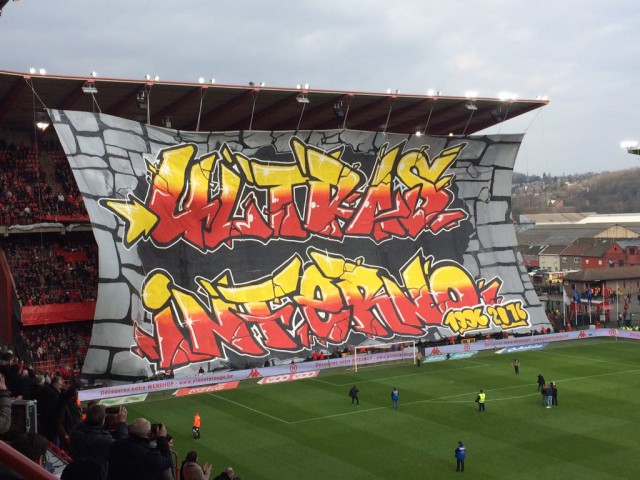 Le plus grand tifo de Belgique par les supporters du Standard (vidéo)