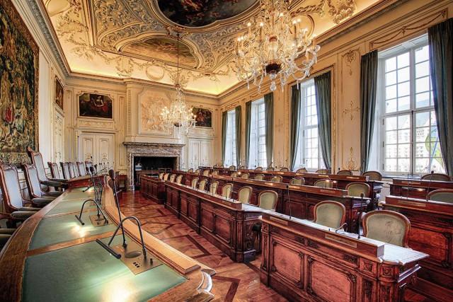 Transparence : Liège publie la liste de tous les mandats