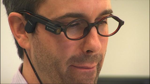 Des lunettes vocales pour les personnes malvoyantes