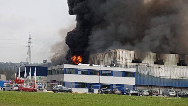 Incendie à Wandre: La société Van Gansewinkel vers Seraing