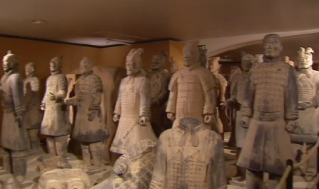 """Guillemins : plus de 50 000 visiteurs pour """"L'armée Terracotta"""""""