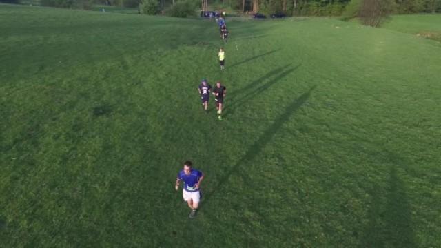 Bois-et-Borsu : 1 000 joggeurs à travers champs et fermes