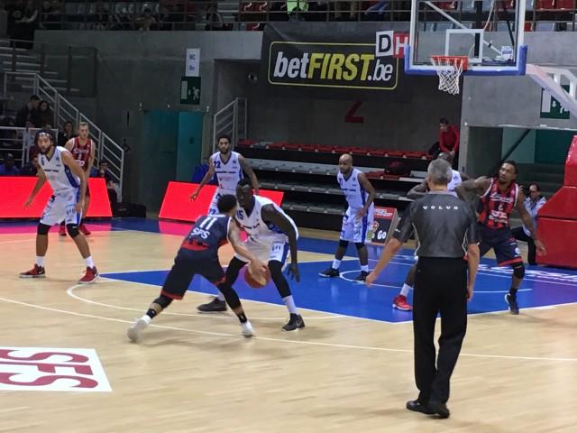 Liège Basket a oublié sa défense au vestiaire (vidéo)