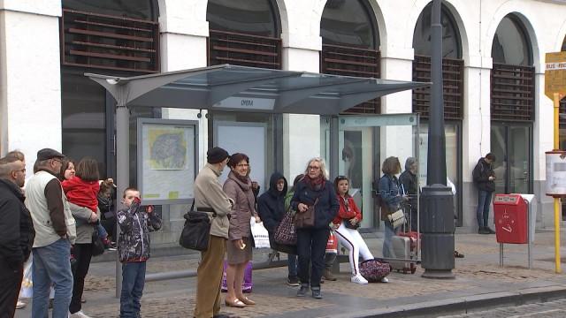 Un coup de frais pour 457 abribus à Liège