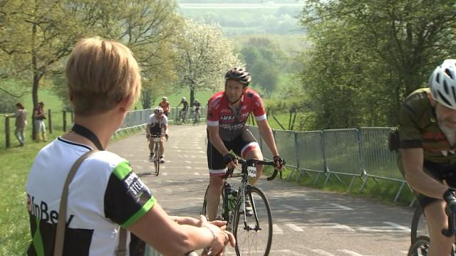 8000 cyclos dans les côtes de Liège-Bastogne-Liège
