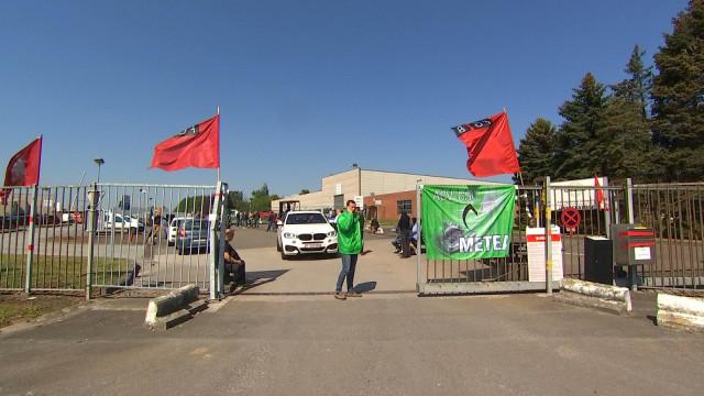 Le personnel de Mecamold en grève