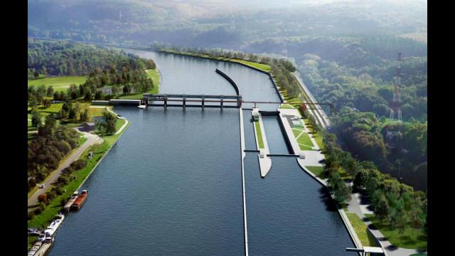 Ampsin : chantier fluvial