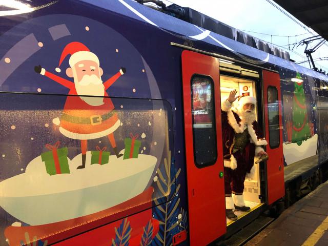 Le père noël à bord du train ce mardi à Liège-Guillemins