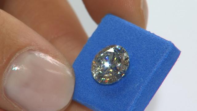 De la pierre au doigt, l'histoire d'un bijou