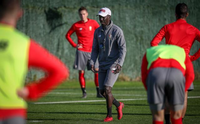Mbaye Leye quitte le Standard de Liège