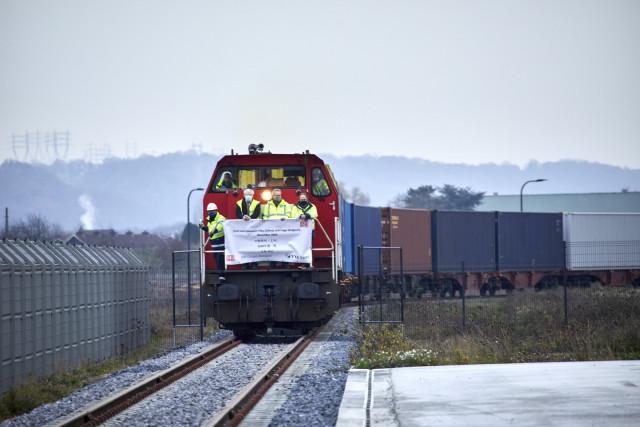 Liège Trilogiport accueille le premier train chinois en provenance de 义乌市