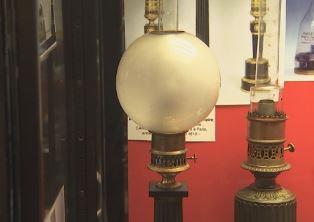 Liège chefs d'oeuvre: lampe à mouvement d'horlogerie Carcel