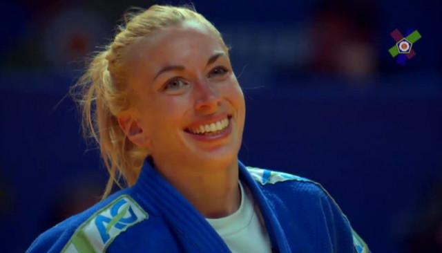 1ère médaille d'or en - 52 kg pour Charline Van Snick