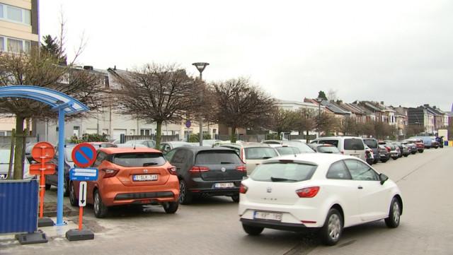 Gare d'Ans: payer pour se parquer !