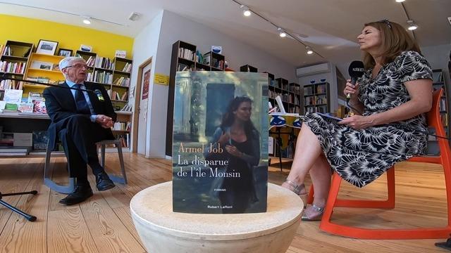 """Armel Job nous présente son dernier roman """"La disparue de l'Ile Monsin"""""""