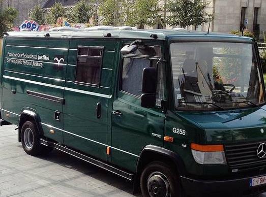 Tentative d'attaque de fourgon cellulaire à proximité du Standard — Liège