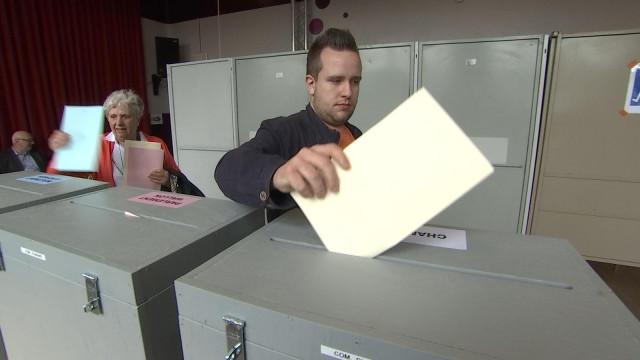 Awans: Ambiance conviviale au bureau de vote de Fooz