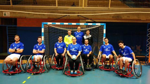 Beyne-Heusay: une équipe de handball en fauteuil roulant