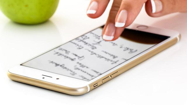 Bon plan du jour: un poème par téléphone