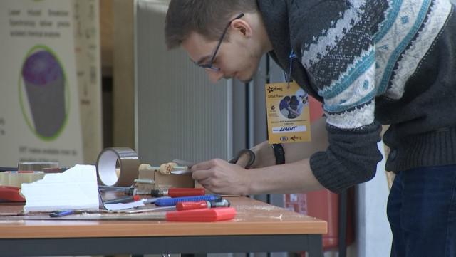 Concevoir et construire un prototype, un défi pour étudiants ingénieurs
