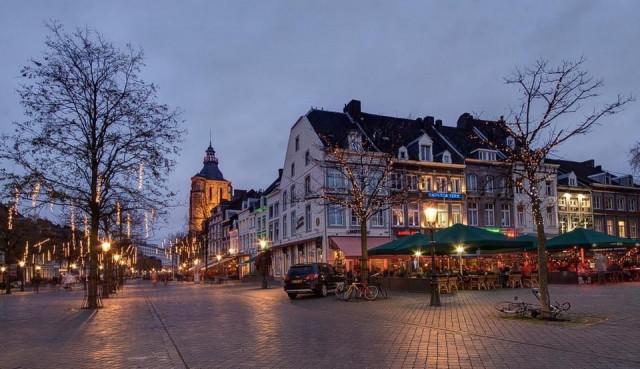 Coronavirus: Pays-Bas: le président du conseil de sécurité souhaite réduire le shopping des Belges