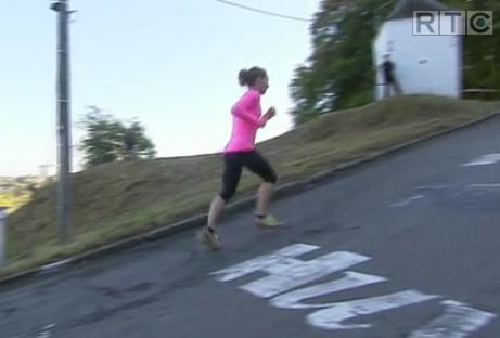 Crazy Hill Running... ou le mur de Huy contre la montre à pied !