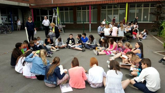 Défi : 24 heures de lecture non-stop pour les enfants