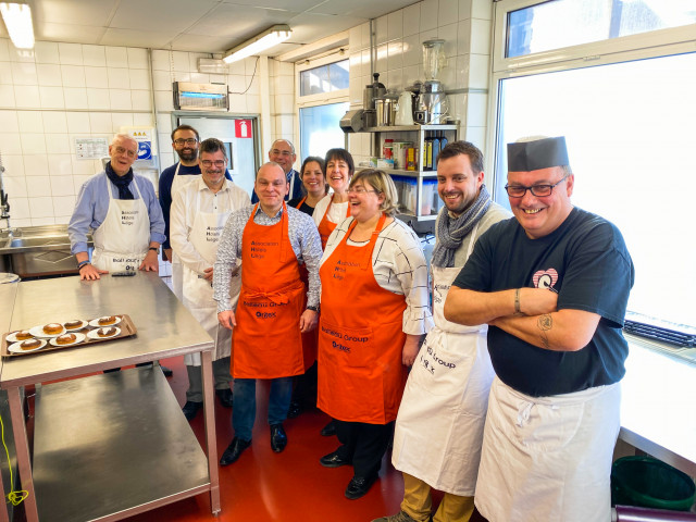 Des chefs au Resto du coeur de Liège