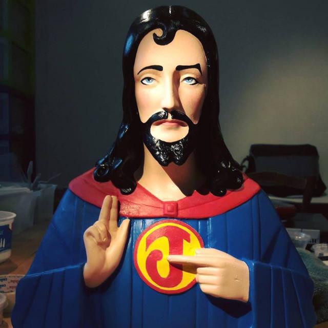 Djizeusss and monsters, Jésus relooké et revisité