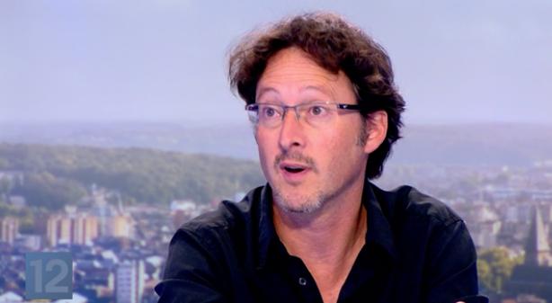 """Documentaire : """"Saint Nicolas est socialiste"""" . Son réalisateur, David Leloup, invité du JT"""