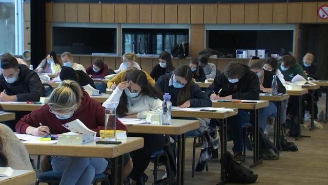 Examens en présentiel : quid des étudiants malades?