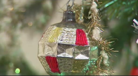 Exposition d'anciennes décorations de Noël