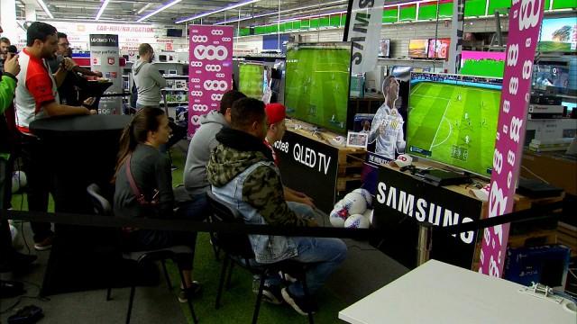 FIFA 18 :  des gamers pros en démonstration à Herstal