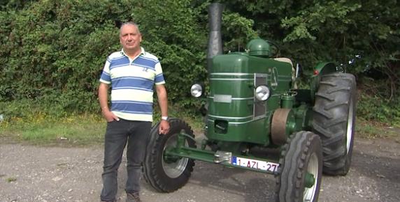 Hognoul : deux vieux tracteurs prêts pour la concentration de Borlez