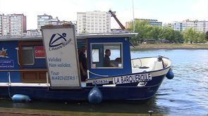 La barquerolle embarque au Port des Yachts