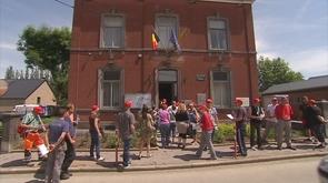 Neupré : le personnel communal proteste contre deux licenciements