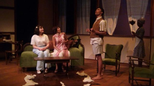 Khumbi : une pièce sur le passé colonial belge à voir au Moderne