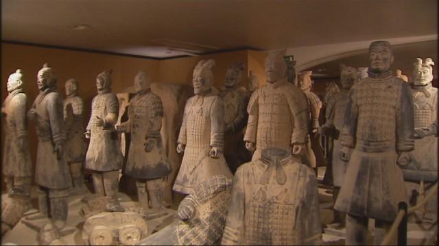 L'armée Terracotta s'invite à la gare des Guillemins