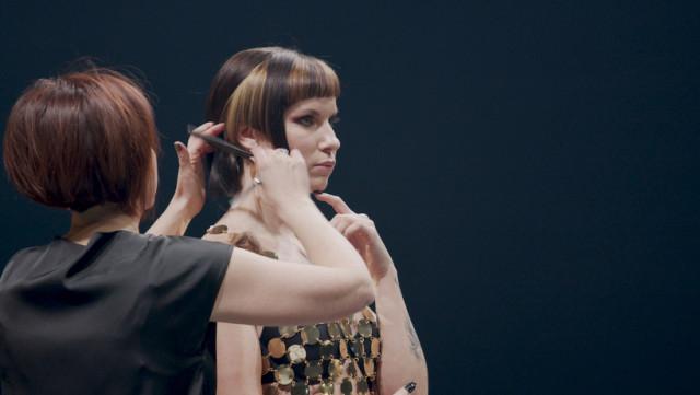 Verlaine: la coiffeuse de l'année relève notre défi!