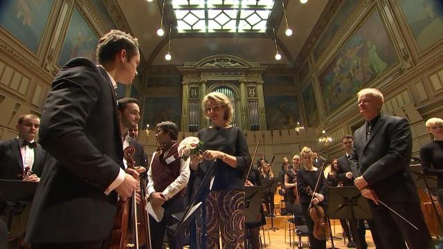 La reine Mathilde se passionne pour la musique à Liège