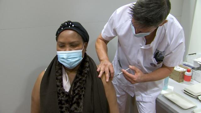 La vaccination est ouverte aux professionnels de la santé