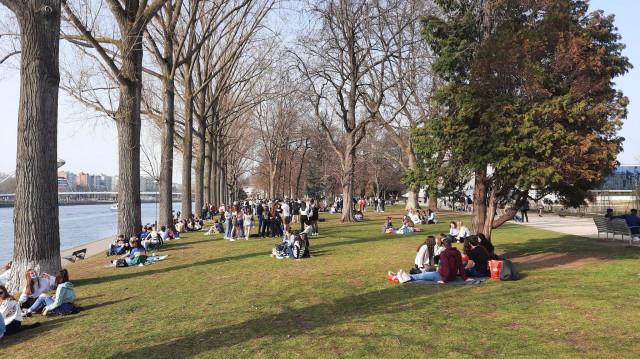 La ville de Liège limite le nombre de personnes à la Boverie et les heures d'accès