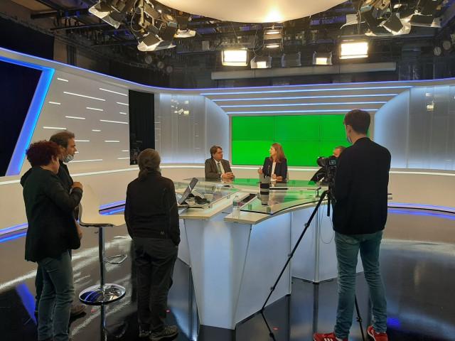 Le Collectif Mensuel en production dans les studios de RTC Télé Liège