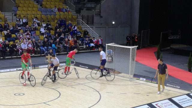 Le gratin du cycle-ball et du cyclisme artistique à Liège