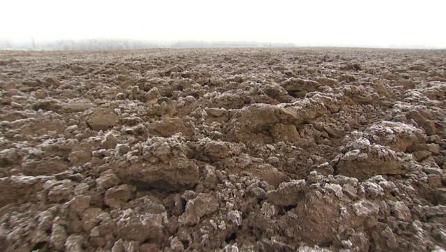 Ardentes/agriculteurs: terre de musique ou pommes de terre ?